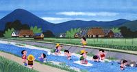 夏の小川で水遊びをする子どもたち