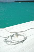 桟橋とロープ
