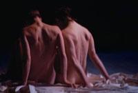 ビーチの裸のカップル 02265000668| 写真素材・ストックフォト・画像・イラスト素材|アマナイメージズ