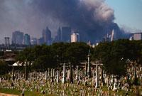 テロの黒煙とビル群 2001年9月11日 アメリカ 02265005703| 写真素材・ストックフォト・画像・イラスト素材|アマナイメージズ