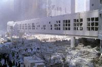 がれきと壊れた建物 NY アメリカ 2001年9月 02265007622| 写真素材・ストックフォト・画像・イラスト素材|アマナイメージズ