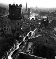 爆撃後のがれきと町並み ドレスデン ドイツ 1946年