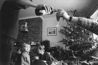 クリスマスの朝の夫婦 1991年 マン島 イギリス