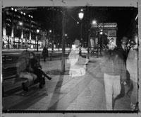 凱旋門とガラスに映る人々 1996年 パリ フランス 02265012052  写真素材・ストックフォト・画像・イラスト素材 アマナイメージズ