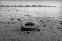 原油タンクとセーヌ川河口 1973年 フランス