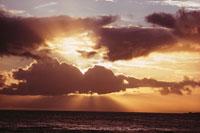 海と空(オレンジ色) 02265015180| 写真素材・ストックフォト・画像・イラスト素材|アマナイメージズ
