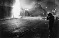燃えている建物 1981年 リバプール イギリス