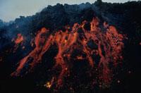噴火したエトナ山 シシリー島 イタリア