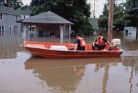 洪水に見舞われたハンニバルの強盗警備 ミズーリ州 アメリカ