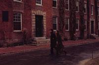 60年代のハーバード大学の学生のカップル アメリカ 02265023807| 写真素材・ストックフォト・画像・イラスト素材|アマナイメージズ