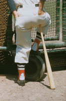 野球選手とバット