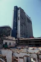 砲撃で破壊されたホテル、レバノン