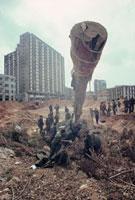 迫撃砲を撤去する兵士達 ベイルート 1982年