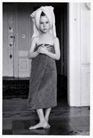 バスタオルの少女
