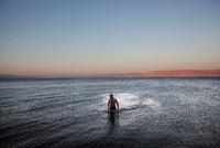 ガリラヤ湖の男性