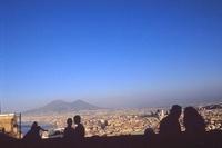 サン・マリノの丘から望むベスピオ山