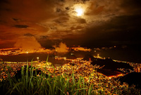 コルコバードから眺めるリオデジャネイロの夜景 02265041067| 写真素材・ストックフォト・画像・イラスト素材|アマナイメージズ