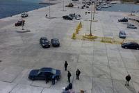 カソス港の人々