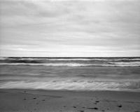オンタリオ湖の波打ち際