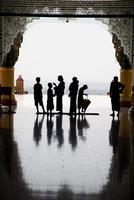 MYANMAR. NAYPYITAW, capital new city. Inside Uppatasanti Pagoda. 02265047452| 写真素材・ストックフォト・画像・イラスト素材|アマナイメージズ