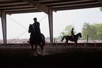 MYANMAR. YANGON. Dressage training at Yangon Horse Racing Club. 2013. 02265047466| 写真素材・ストックフォト・画像・イラスト素材|アマナイメージズ