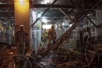 CANADA. Toronto. 2013.  Union Station.  Workers. Underground construction site (Dig Down) bracing earth. 02265047611| 写真素材・ストックフォト・画像・イラスト素材|アマナイメージズ