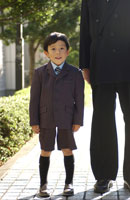 男の子 02266004969| 写真素材・ストックフォト・画像・イラスト素材|アマナイメージズ