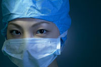 手術室の医師