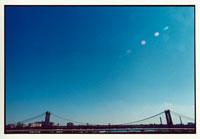 ニューヨークの橋と快晴の空 9月 アメリカ