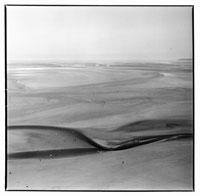 砂浜の風景 B/W モンサンミッシェル フランス