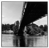 ロワール河の橋の下 トゥール フランス