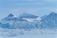 春の氷山 スピッツベルゲン島 スバールバル諸島 ノルウェー