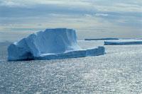 氷山と温暖化 夏 南極