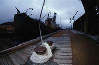 さびれた捕鯨船 夏 南極