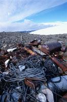 夏の氷山と廃棄物 南極