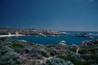 海の入り江と青空 02296003125| 写真素材・ストックフォト・画像・イラスト素材|アマナイメージズ