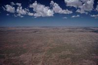 アウトバックの砂漠の空撮 02296003170| 写真素材・ストックフォト・画像・イラスト素材|アマナイメージズ