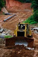 パイプライン工事による森林破壊