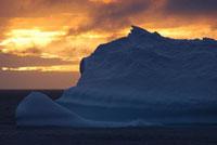 氷山とサンセット