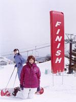 スキー場の2人の日本人女性