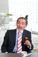 中高年の日本人ビジネスマン 02299001916  写真素材・ストックフォト・画像・イラスト素材 アマナイメージズ