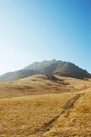 山と道 02301000189| 写真素材・ストックフォト・画像・イラスト素材|アマナイメージズ