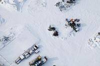 雪と住宅 02332000148| 写真素材・ストックフォト・画像・イラスト素材|アマナイメージズ