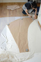 ウェディングドレスを作る女性 02332000160| 写真素材・ストックフォト・画像・イラスト素材|アマナイメージズ