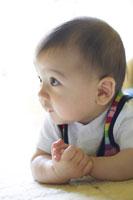 赤ちゃん 02336002514  写真素材・ストックフォト・画像・イラスト素材 アマナイメージズ