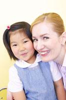外国人女性と日本人女の子