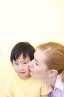 外国人女性と日本人男の子