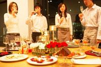 クリスマスパーティー 02343000760| 写真素材・ストックフォト・画像・イラスト素材|アマナイメージズ