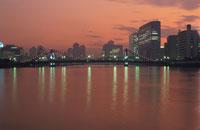 清洲橋のライトアップ 02350000041  写真素材・ストックフォト・画像・イラスト素材 アマナイメージズ