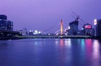 新大橋のライトアップ